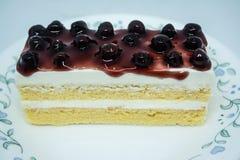 Bosbessen botercake, snacksvoedsel voor onderbrekingen tijdens het werk of na maaltijd stock foto