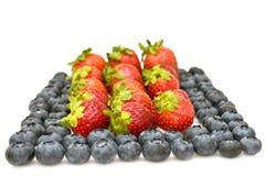 Bosbessen en aardbeien. Stock Afbeelding