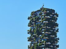 Bosco Verticale Vertical Forest Designed door Stefano Boeri, duurzame architectuur in het district van Porta Nuova, in Milaan Royalty-vrije Stock Fotografie