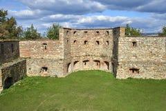 Boskovice,捷克- 2013年9月28日:13世纪哥特式城堡Boskovice hrad的废墟在南摩拉维亚,捷克语关于 库存图片