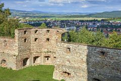 Boskovice,捷克- 2013年9月28日:13世纪哥特式城堡Boskovice hrad的废墟在南摩拉维亚,捷克Rep 免版税库存照片