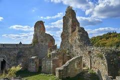 Boskovice,捷克- 2013年9月28日:13世纪哥特式城堡Boskovice hrad的废墟在南摩拉维亚,捷克Rep 图库摄影
