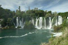 Bosnien - herzegovina kravicavattenfall royaltyfria foton
