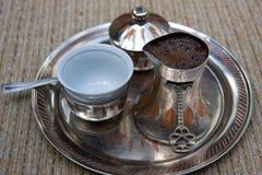 bosnisk kaffeset Arkivfoton