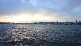 Bosphorus της Ιστανμπούλ στο ηλιοβασίλεμα απόθεμα βίντεο