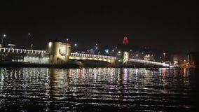 Bosphorus-Brücke nachts Istanbul die Türkei stock footage