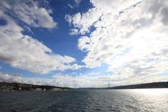 Bosphorus bro Arkivfoto