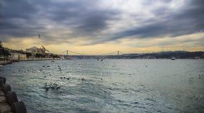 Bosphorus brosikt istanbul Arkivbild