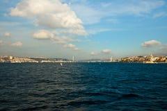 Bosphorus con le nubi Fotografie Stock Libere da Diritti