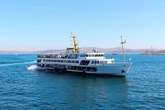 Bosphorus e traghetto Fotografia Stock