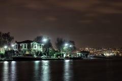 Bosphorus hause in de nacht Royalty-vrije Stock Afbeelding