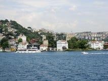 Bosphorus Istanbul historisk byggnad Fotografering för Bildbyråer
