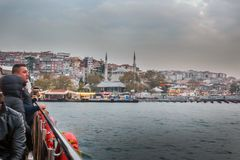 Bosphorus statek wycieczkowy Meczetowy Uskudar Istanbuł zdjęcia stock