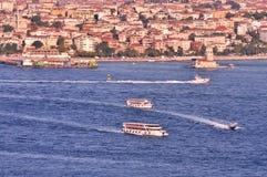 Bosphorus y torre virginal Imagen de archivo libre de regalías