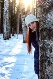 Bosque de la hembra del retrato del invierno Imagen de archivo