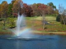 Bosque en la caída. Arco iris Imágenes de archivo libres de regalías