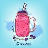 Bosquejo del smoothie del arándano en el tarro aislado en fondo Ejemplo del vector con la línea bebida colorida Foto de archivo libre de regalías