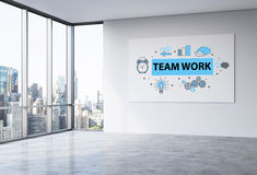 Bosquejo del trabajo en equipo en whiteboard de la oficina stock de ilustración