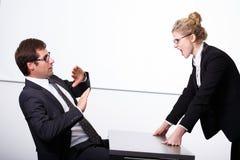 Boss enojado para el empleado Imagenes de archivo