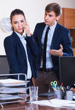Boss scolding employee for mistakes Royalty Free Stock Photos