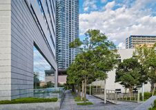 Bostads- byggnader för höghus i moderna Tokyo Royaltyfri Foto