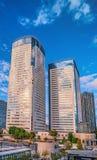 Bostads- byggnader för höghus i moderna Tokyo Fotografering för Bildbyråer