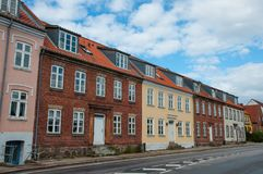 Bostads- byggnader i Ringsted Danmark arkivbilder