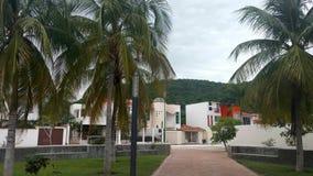 Bostads- grannskap i Huatulco, Oaxaca Turist- stad, Stillahavs- Mexico