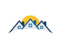 Bostads- symbol för fastighet Arkivfoton