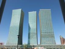 Bostads- torn i Astana Royaltyfri Bild