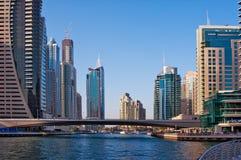 Bostadsområdet av den Dubai marina på Juni 4, 2013 i Dubai. Royaltyfri Foto