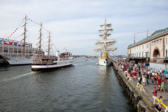 BOSTON - 11 JUILLET : Voile Boston, bateaux grands au f Photos libres de droits