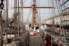 BOSTON - 11 LUGLIO: Vela Boston, navi alte Immagini Stock