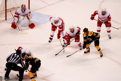 Boston Bruins dos Detroit Red Wings v. Imagens de Stock Royalty Free