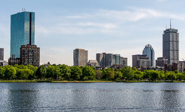 Boston Cambridge från Charles River Arkivfoto