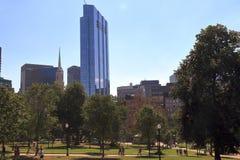 Boston Common allmänhet parkerar i i stadens centrum Boston Massachusetts arkivbilder