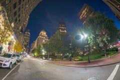 BOSTON - 12 DE SETEMBRO DE 2015: Turistas ao longo das ruas da cidade Boston Fotos de Stock
