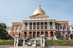 BOSTON DE V.S. 06 09 2017 Mens voor de het Huiszetel van de Staat van Massachusetts van overheid die voor kindvaderschap proteste stock foto
