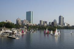 Boston del centro con la vista del fiume fotografie stock