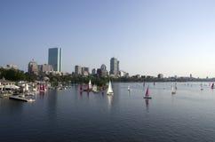 Boston del centro con la vista del fiume fotografia stock libera da diritti