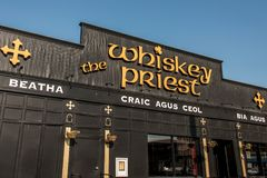 Boston Etats-Unis 05 09 2017 - Port maritime - bar de boissons de cocktail de barre de prêtre de whiskey un jour ensoleillé photo libre de droits