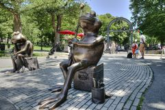 Free Boston Frogs In Front Of Boston Common Frog Pond Royalty Free Stock Images - 155051029