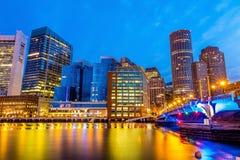 Boston-Hafen und Finanzbezirk Stockbilder