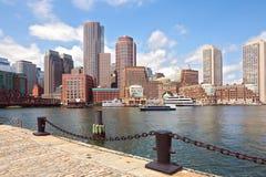 Boston-Hafen und Finanzbezirk Boston, Massachusetts, USA Lizenzfreies Stockfoto