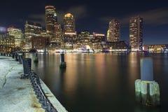 Boston horisont av Boston på solnedgången Arkivbilder