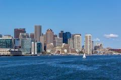 Boston horisont från whalewatchfartyget royaltyfri fotografi
