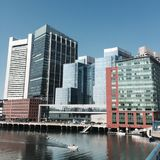 Boston-Interkontinental gesehen vom Seehafen-Boulevard Lizenzfreie Stockbilder