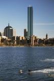 Boston linia horyzontu i Prudential budynek w zimie na marznącej Charles rzece, Massachusetts, usa Zdjęcia Stock