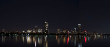 Boston linii horyzontu Boston MA nighttime Fotografia Royalty Free