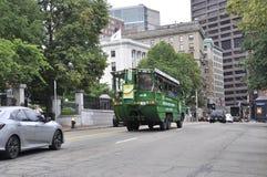 Boston Ma, 30 Juni: Bezienswaardigheden bezoekend Duck Truck op Boston de stad in in Massachusettes-Staat van de V.S. Stock Foto